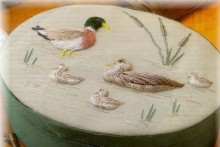 Ducks on the Pond decorating a large oval green box. This is a kit. Please see our catalogue, under Box Kits.