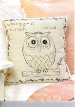 Gorgeous for your room! Simple stitching, sweet design with the Shisha eyes. Ideal to motivate a beginner stitcher too.